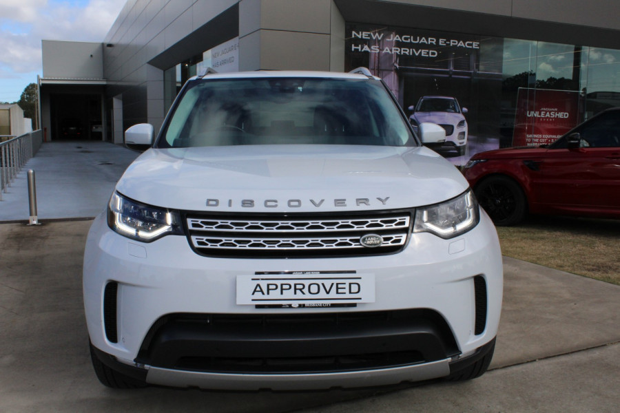 2018 Land Rover Discovery Vehicle Description.  5 L462 MY18 TD6 HSE WAG SA 8SP 3.0DT TD6 Suv Image 2