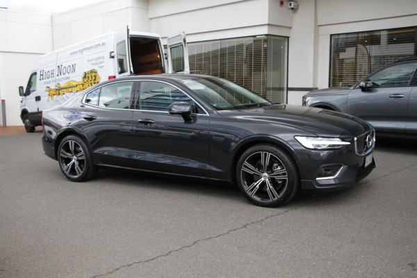 2019 MY20 Volvo S60 Z Series T5 Inscription Sedan Image 5