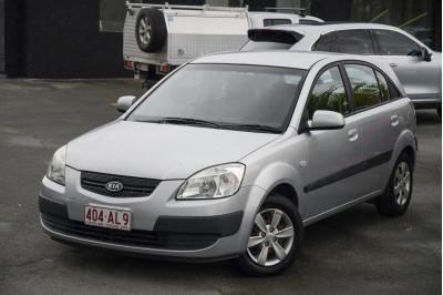 2008 Kia Rio JB MY07 LX Hatchback Image 2
