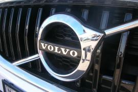 2016 MY18 Volvo V40 M Series  T3 T3 - Momentum Hatchback