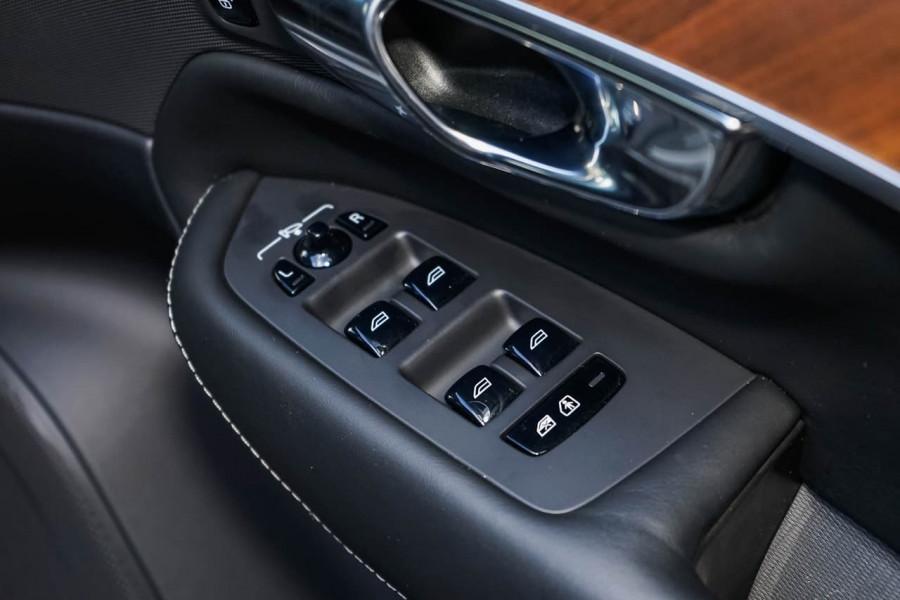 2018 MY19 Volvo XC90 L Series T6 Inscription Suv Image 17