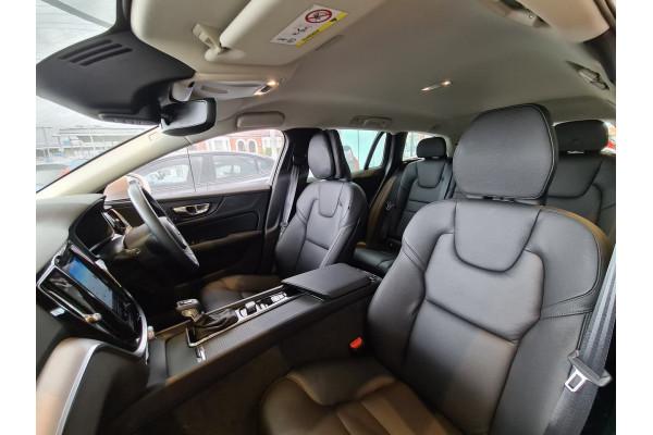 2020 Volvo V60 (No Series) MY20 T5 Momentum Wagon Image 4