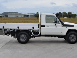 2018 Toyota Landcruiser VDJ79R Workmate Cab chassis