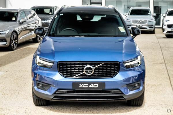 2019 Volvo XC40 XZ T5 R-Design Suv Image 2
