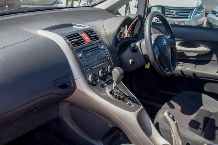 2007 Toyota Corolla ZRE152R Ascent Hatchback Image 8