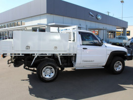 2014 Nissan Patrol Y61 Series 4  DX Cab chassis - single cab