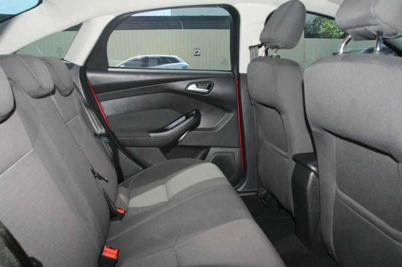 2015 MY14 Ford Focus LW MKII MY14 Trend PwrShift Sedan