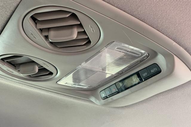 2011 Honda Odyssey Luxury 20 of 34