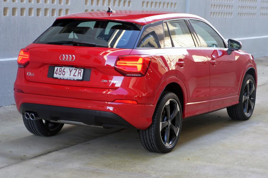 2019 Audi Q2 Suv Mobile Image 4