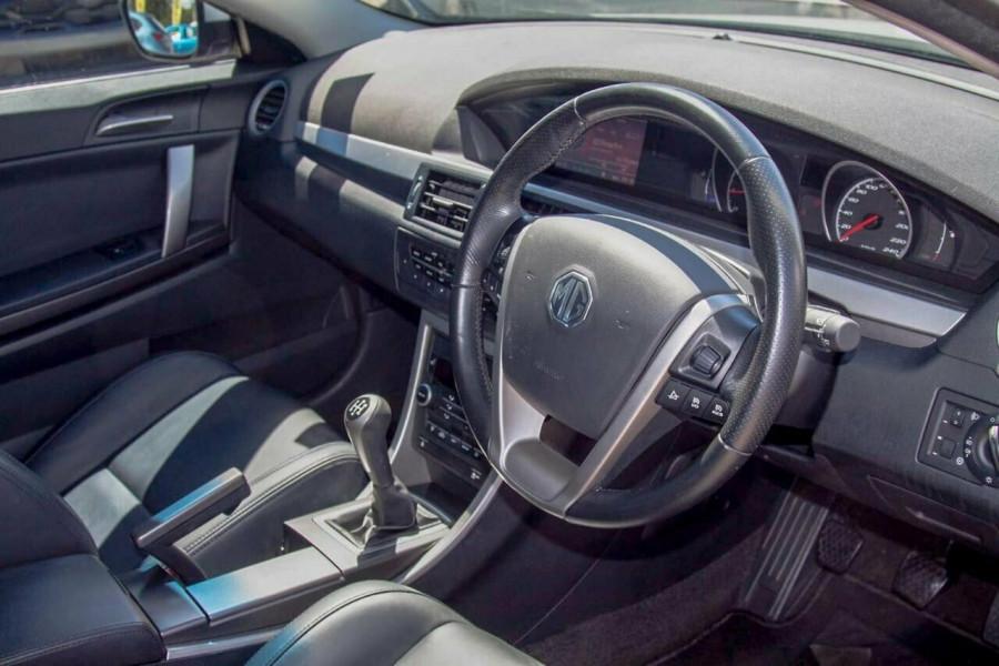 2013 MG MG6 IP2X GT Luxury Hatchback Image 6