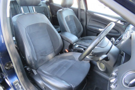 2011 Ford Mondeo MC Titanium TDCi Hatchback image 13