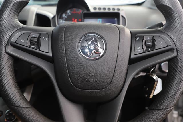 2016 Holden Barina TM MY16 CD Hatchback Image 15