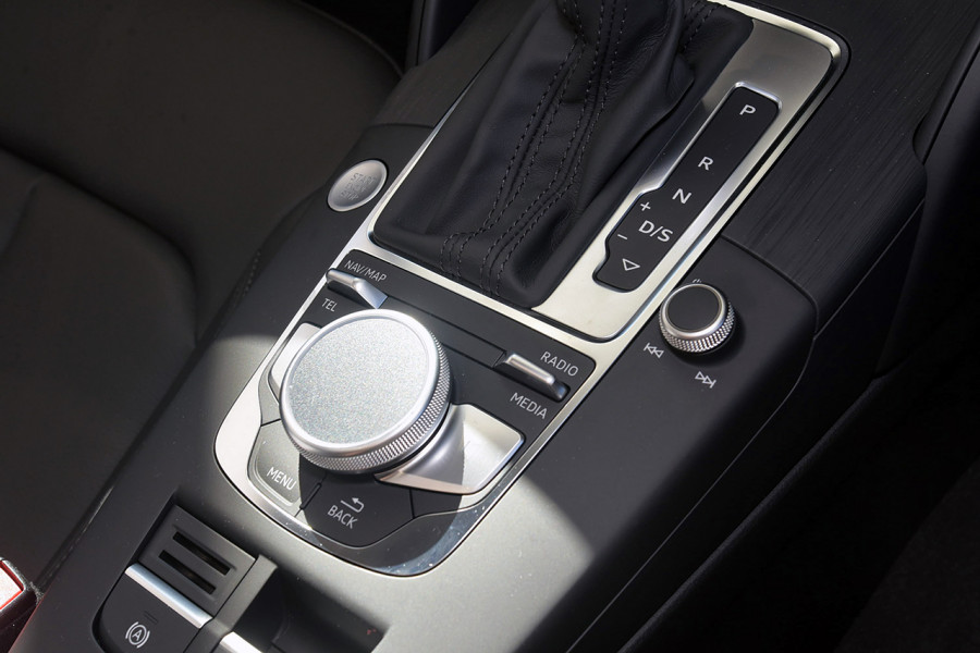 2019 Audi A3 Hatchback Mobile Image 18