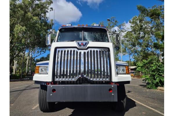2021 Western Star 4764sxc Truck Image 3