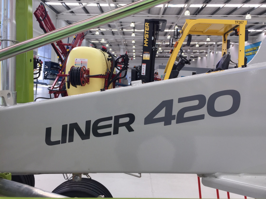 2021 CLAAS LI 420 ROTARY RAKE Hay rake Image 4