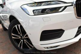 Volvo XC60 T5 Momentum (AWD) 246 MY20