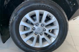 2014 Toyota Landcruiser Prado GDJ150R VX Suv Image 5