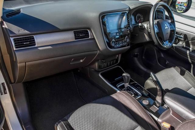 2016 Mitsubishi Outlander ZK MY17 LS Safety Pack Suv Image 8