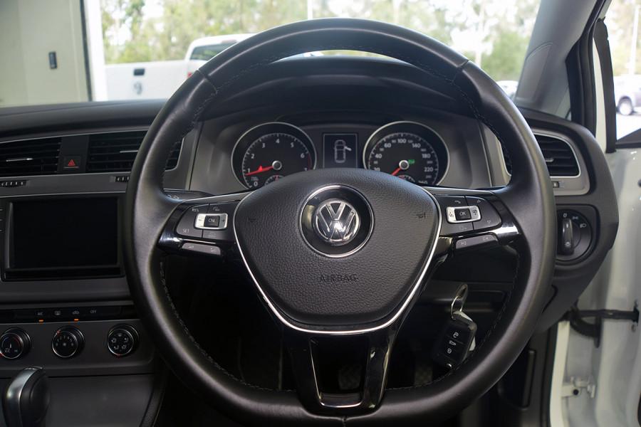 2017 Volkswagen Golf 7 92TSI Hatchback Mobile Image 17