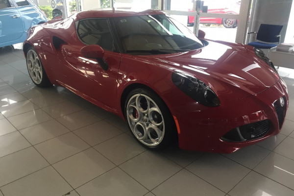 Alfa Romeo 4C Coupe Series 1