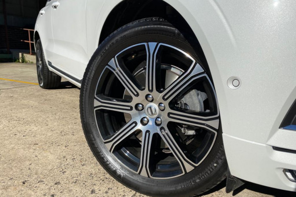 2020 Volvo XC60 UZ D4 Inscription Suv Image 2