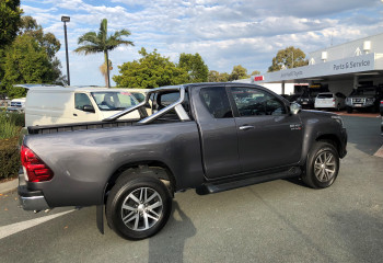 2017 Toyota HiLux GUN SR5 4x4 Extra-Cab Pick-Up Utility