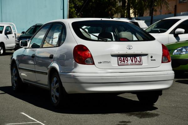 2001 Toyota Corolla AE112R Ascent Ute Image 3