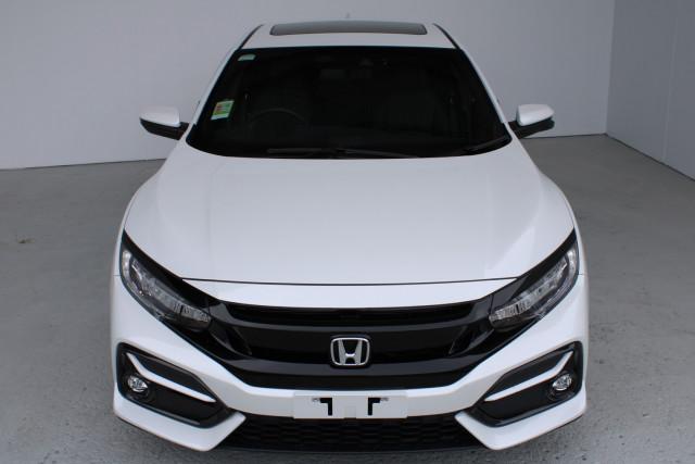 2020 Honda Civic Hatch 10th Gen VTi-LX Hatch Image 2