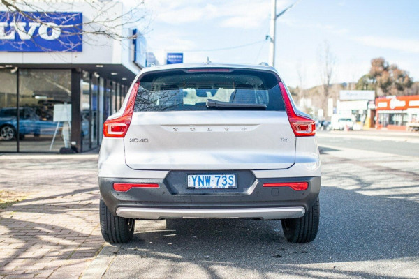 2019 MY20 Volvo XC40 XZ T4 Momentum Suv Image 5
