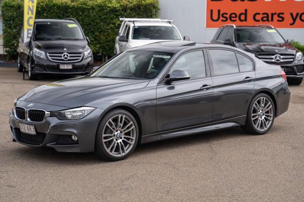 2013 BMW 3 Series F30  320i Sedan Image 3