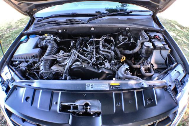 2016 Volkswagen Amarok 2H MY16 TDI420 Dual cab Image 3