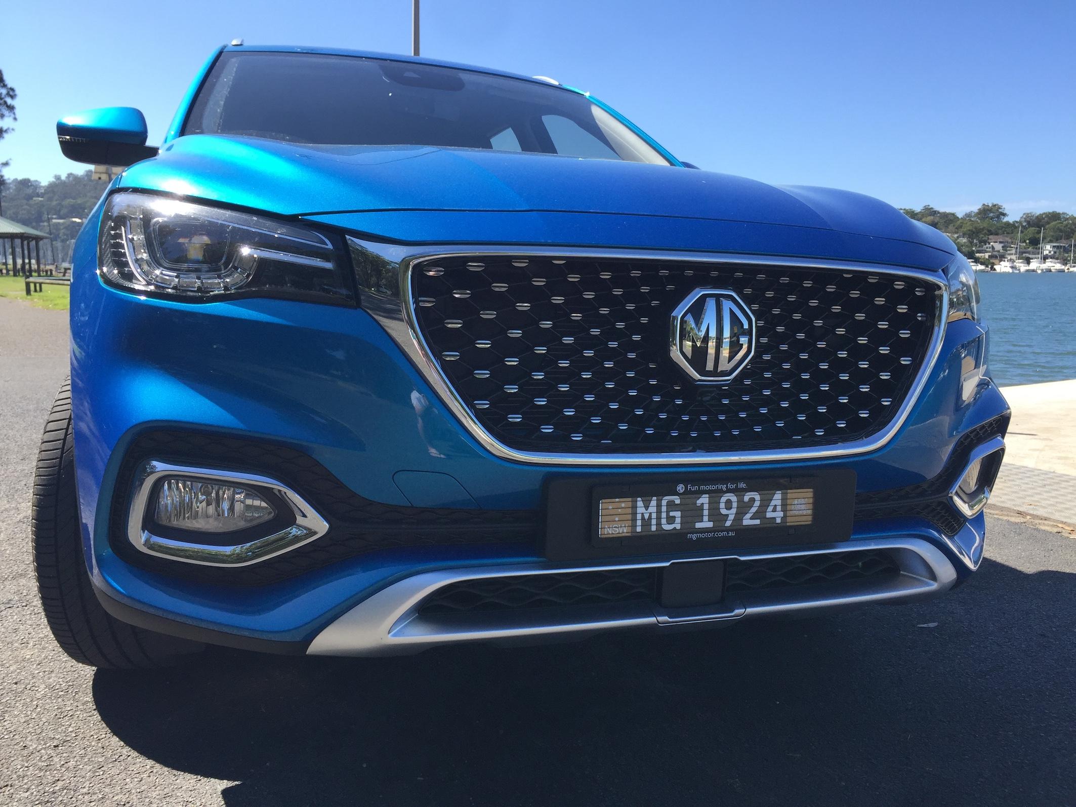 MG HS REVIEW - WARREN (NSW)
