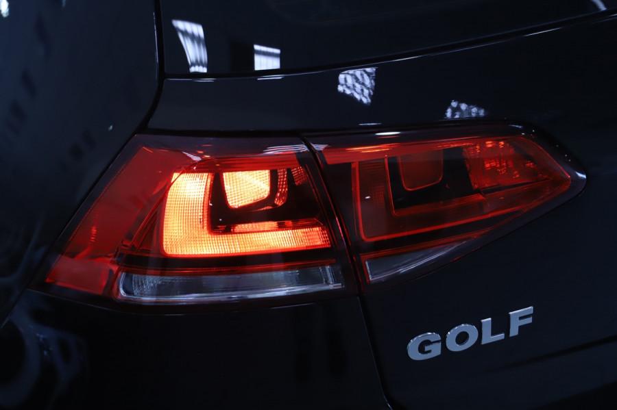 2016 MY17 Volkswagen Golf VII  110TSI Highline Hatch Image 16