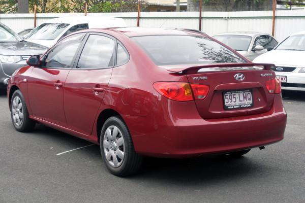 2008 Hyundai Elantra HD SLX Sedan Image 4