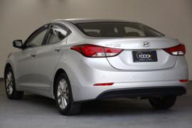 2014 Hyundai Elantra MD3 Trophy Sedan Image 3