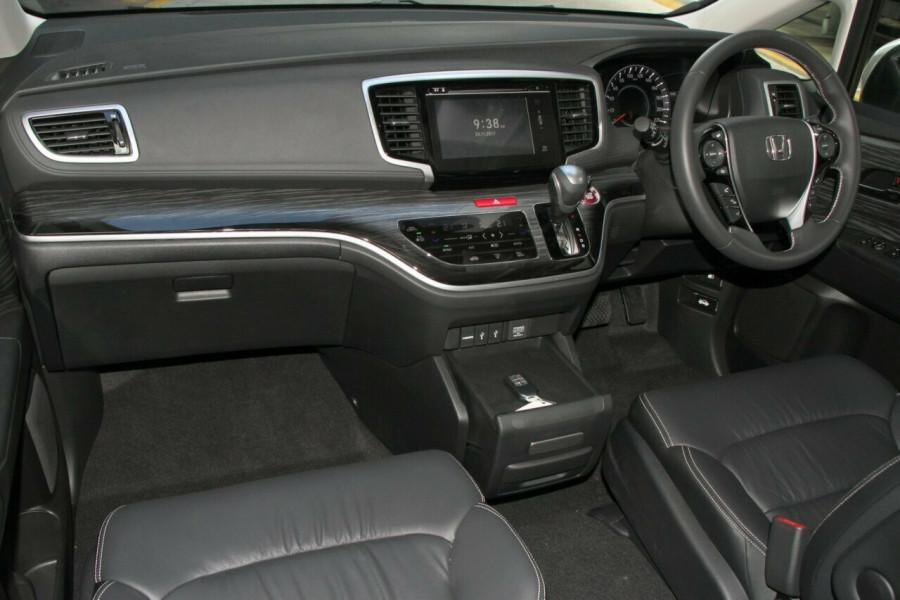 2017 Honda Odyssey 5th Gen VTi-L Wagon