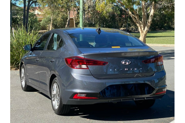 2018 Hyundai Elantra AD MY18 Active Sedan Image 5