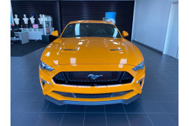 2019 Ford Mustang Image 2