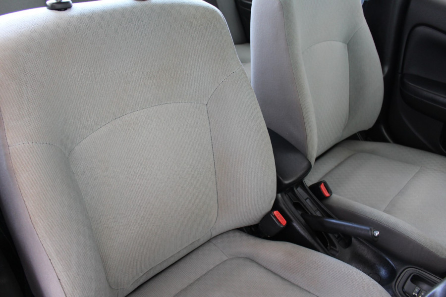 2003 Nissan Pulsar N16 S2 MY2003 ST Hatchback Image 8