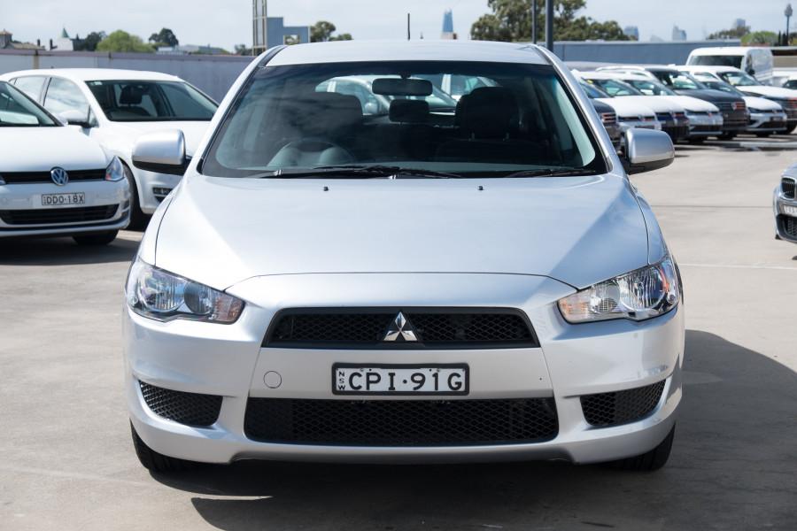 2013 Mitsubishi Lancer Image 4