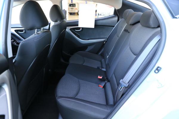 2012 Hyundai Elantra MD Active Sedan Image 4