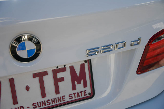 2012 BMW 5 Series F10 MY12 520d Sedan Image 6