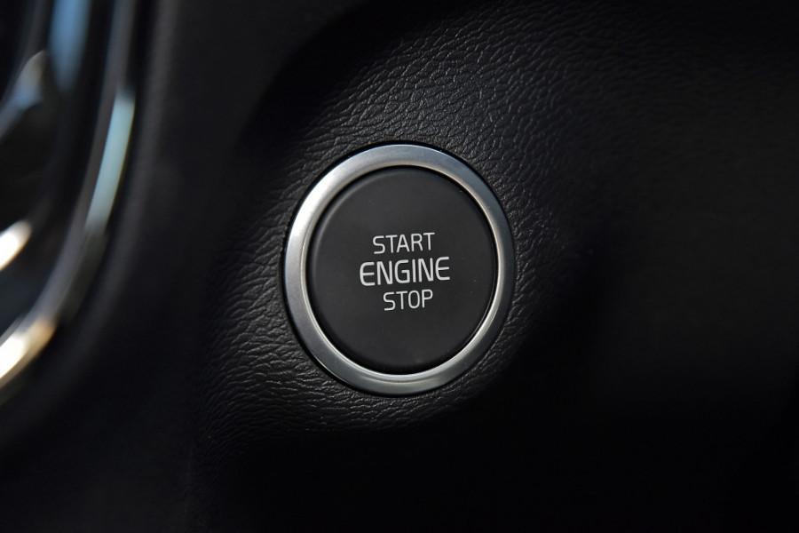2019 Volvo XC40 XZ T4 Inscription Suv Mobile Image 21