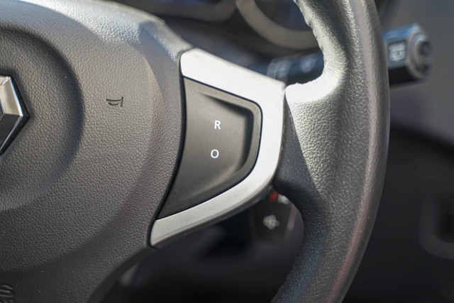 2013 Renault Koleos H45 PHASE III Expression Suv Image 8