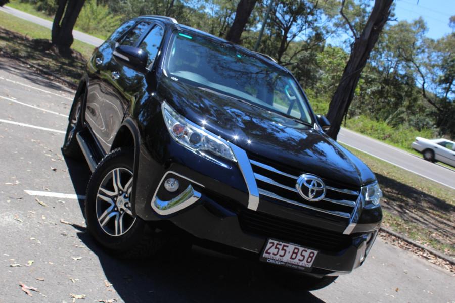 2015 Toyota Fortuner GXL Image 1