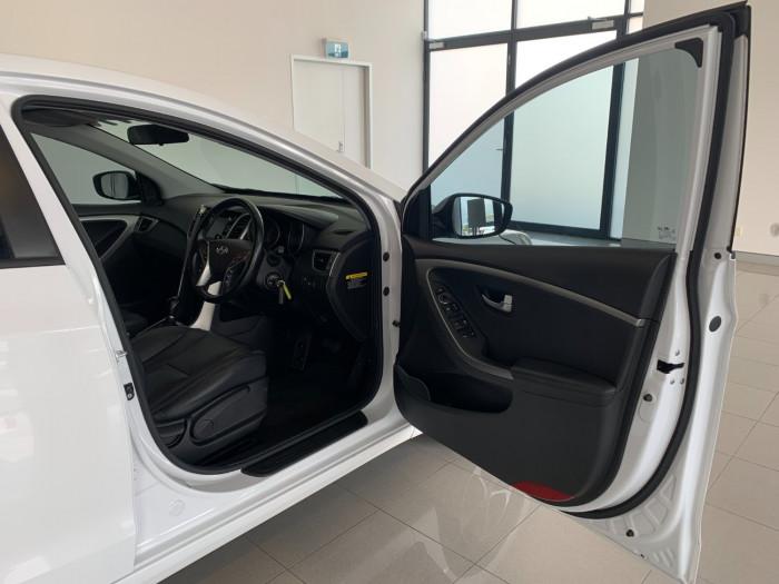 2016 MY17 Hyundai i30 GD4 Series II Active X Hatchback Image 6