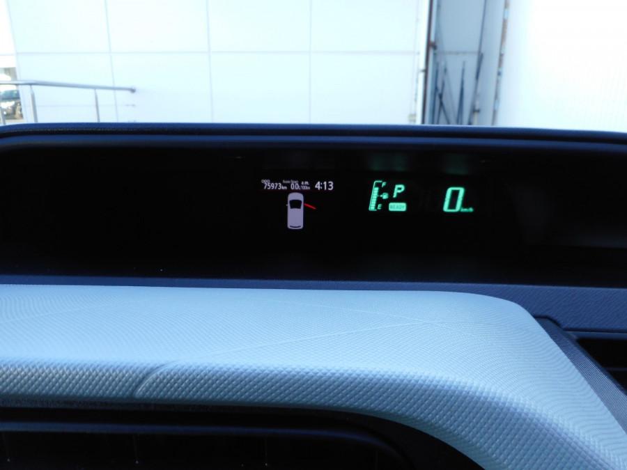 2013 MY12 Toyota Prius Image 19