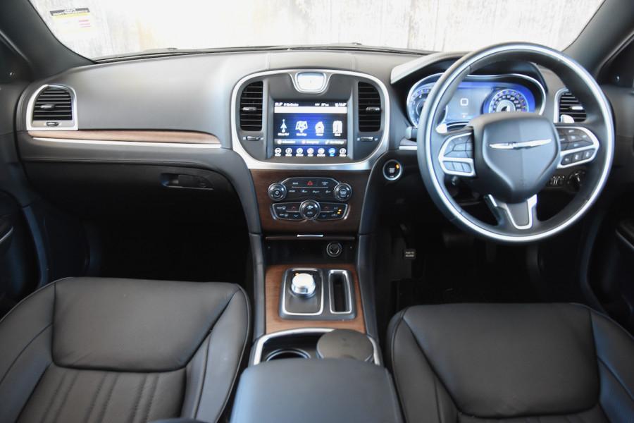 2019 Chrysler 300 LX C Luxury Sedan Image 8
