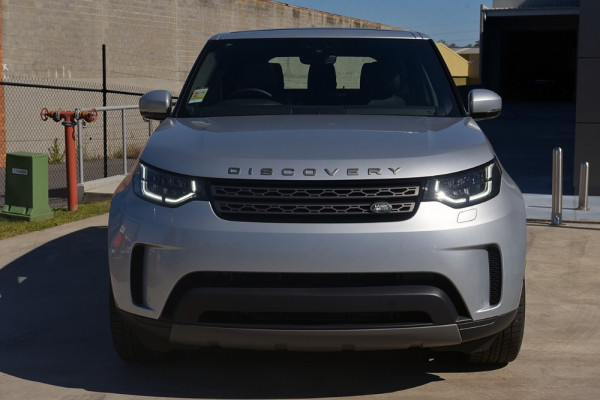 2018 MY19 Land Rover Discovery Series 5 SE Suv Image 3