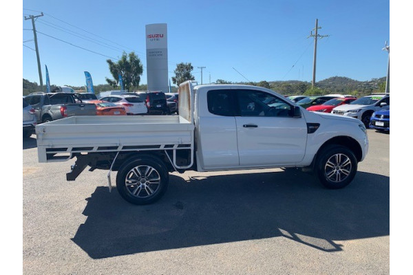 2013 Ford Ranger PX XL Cab chassis Image 5